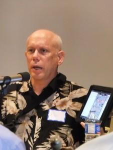 Bill Atkinson demonstrates his PhotoCard app